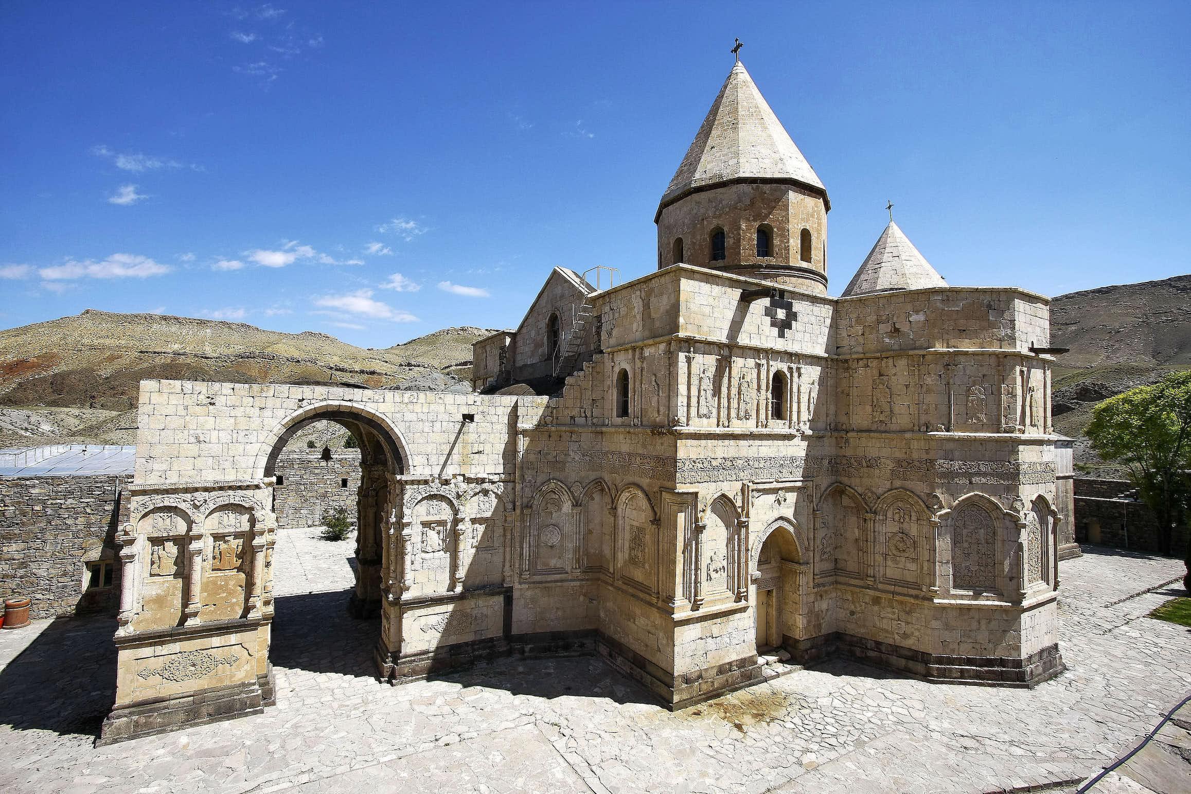 Sankt Thaddäus Kloster, Iran